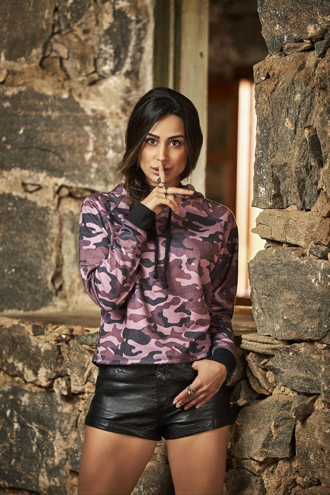 Blusa em estilo militar que agrega proteção contra o frio e estilo ao look