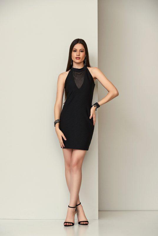 vestido preto de telinha
